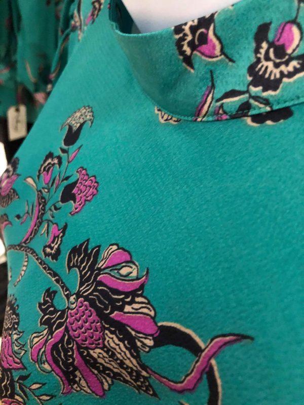 jade/mint mini close up