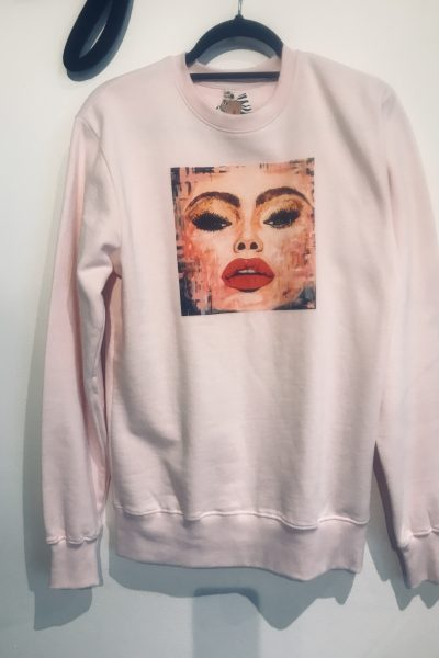 pink selfie sweatshirt