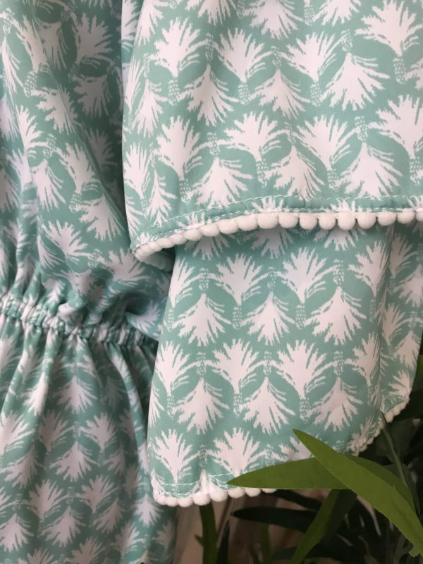 Jade palm sleeve detail