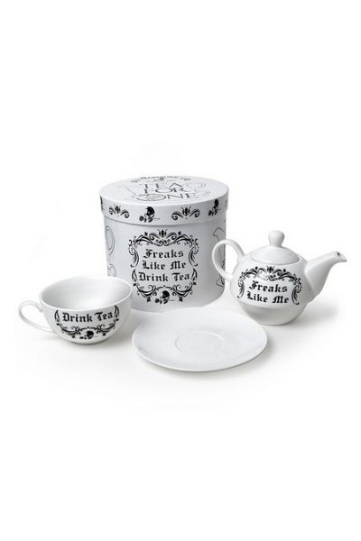 freaks like me drink tea gift set
