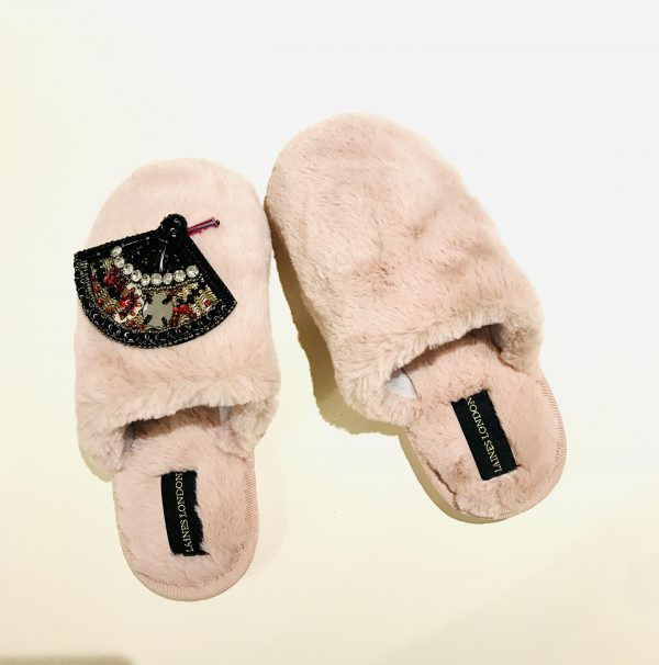 pink faux fur brooch slippers