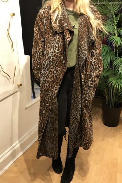 Slouchy Leopard waterfall coat