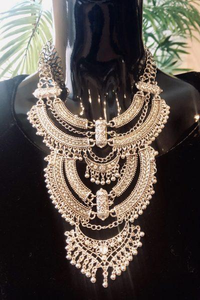 queen boho necklace