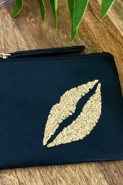 gold glitter lips coin purse