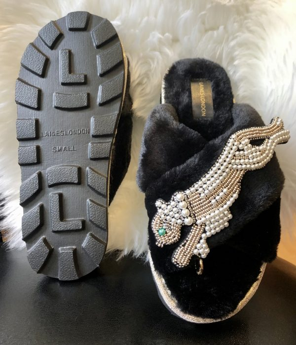 chic black panther sliders
