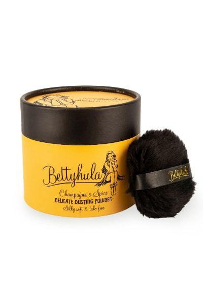 Betty Hula Champagne and spice dusting powder