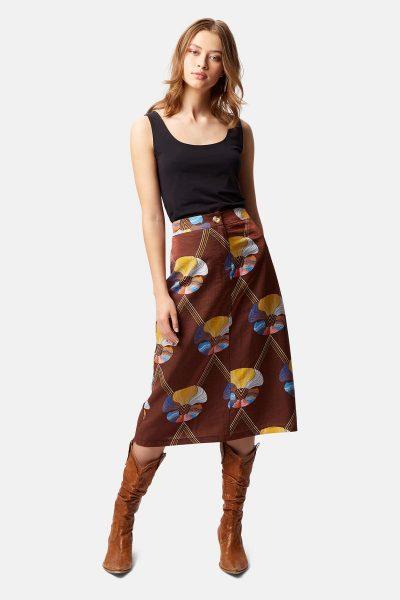 mcgraw skirt traffic people