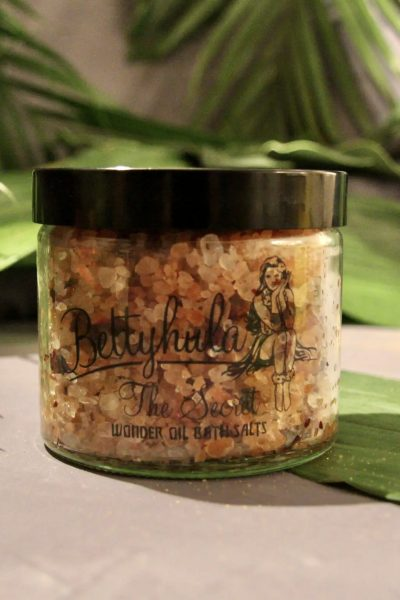 betty hula bath salts